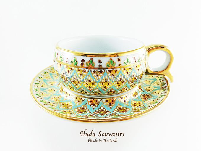 ของที่ระลึก แก้วกาแฟเบญจรงค์ หูกรรไกร ลวดลายดอกพิกุล โทนสีฟ้า ลายเนื้อนูนเคลือบผิวเงา สินค้าพร้อมส่ง (ราคาไม่รวมกล่อง)