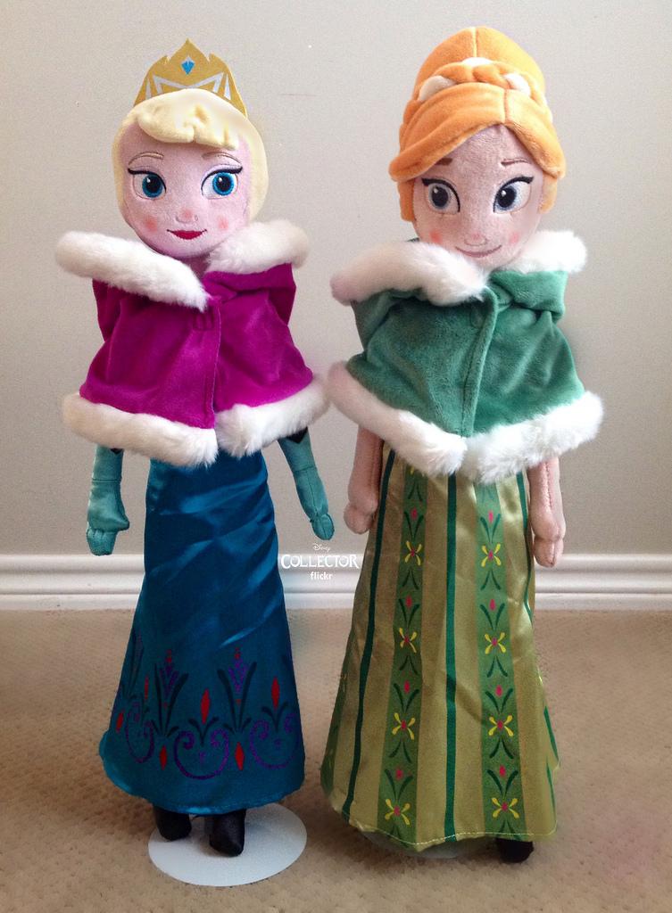 ส่งฟรี EMS ตุ๊กตาผ้า เจ้าหญิงเอลซ่า กับ เจ้าหญิงอันนา New Version มาใหม่ค่ะ