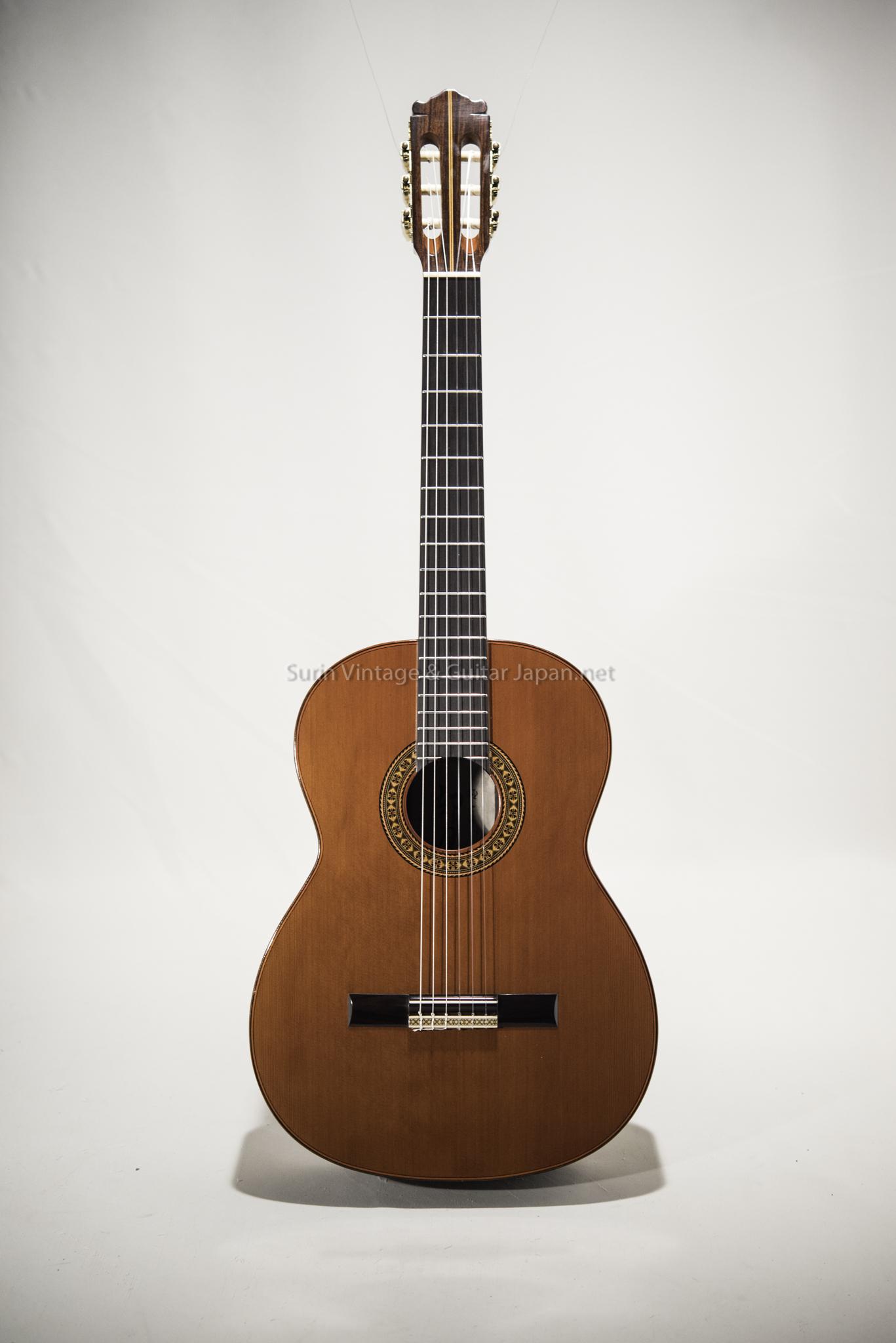 กีต้าร์คลาสสิคมือสอง Classic Guitar VintageJapan( Top Solid Cedar)
