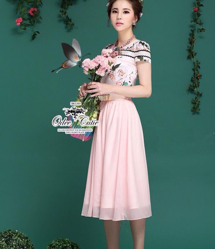 เสื้อผ้าเกาหลี พร้อมส่ง แมตช์เซ้ทลุคสาวหวาน เสื้อทรงคอมกลมพิมพ์ลายสวย เนื้อผ้า silk