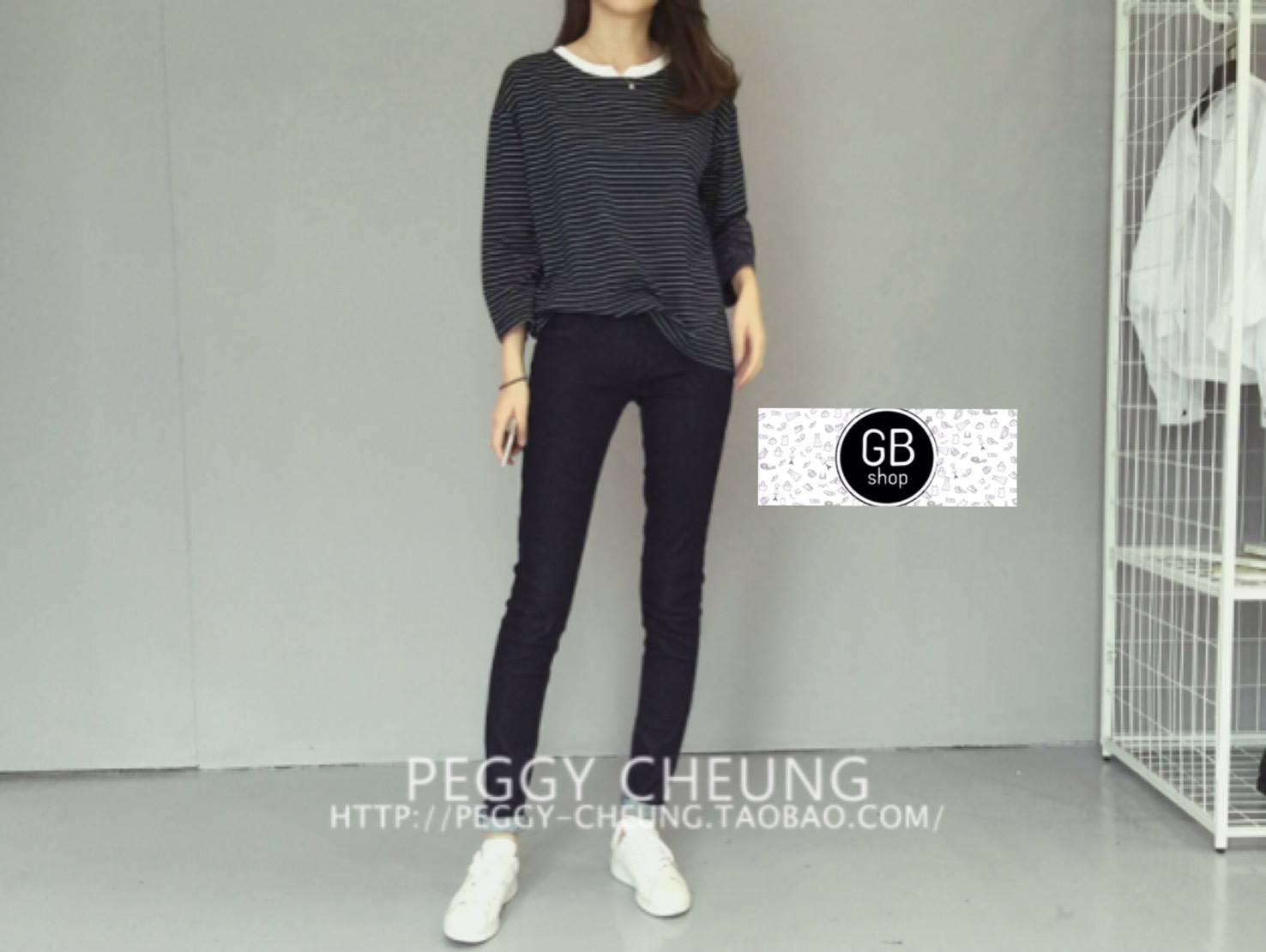 เสื้อผ้าแฟชั่นเกาหลีพร้อมส่ง Set 2 ชิ้น เสื้อ+กางเกง