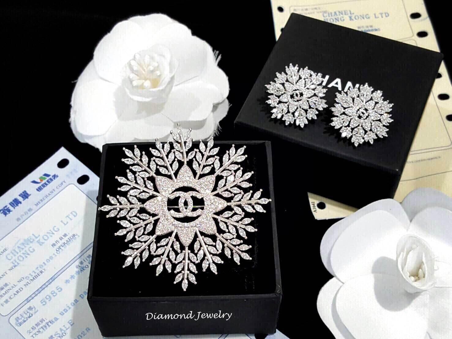 พร้อมส่ง ตัวจี๊ดมาแล้วจ้าาาายกให้กับ Chanel Earring & Brooch