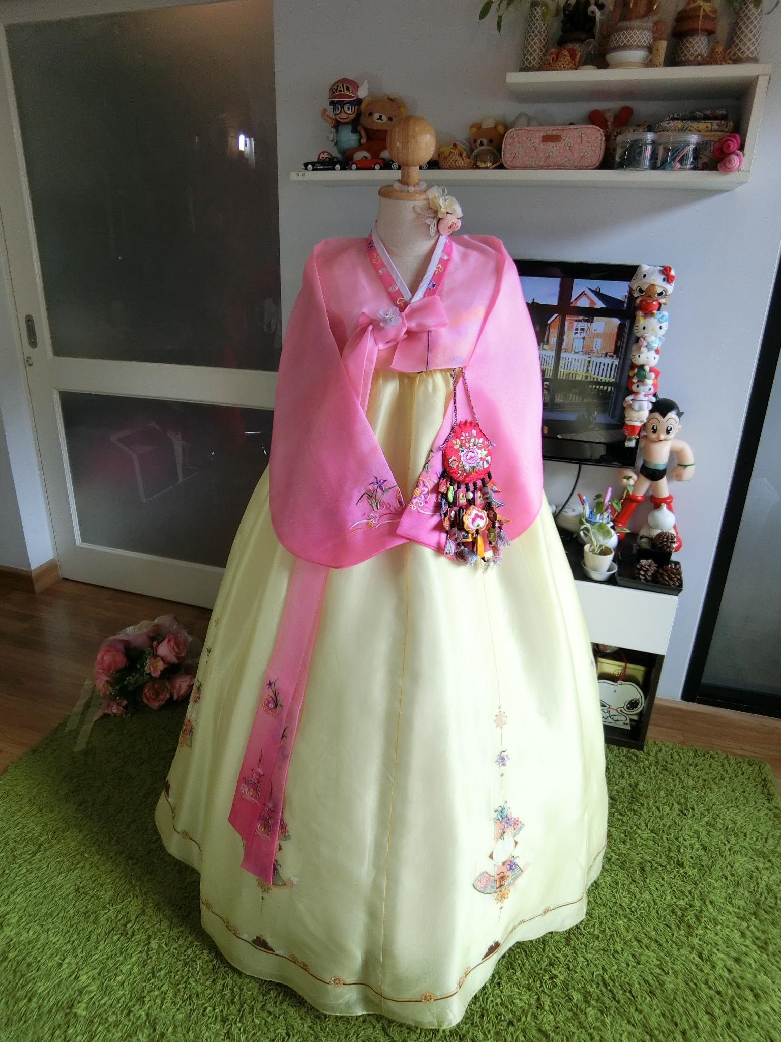 """Hanbok สีพาสเทลหวาน อก36"""" สูง 160"""