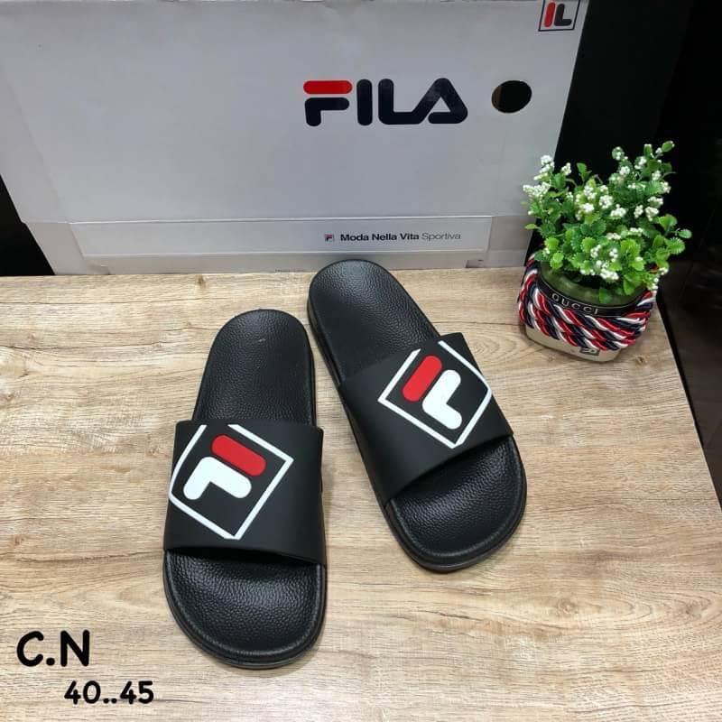 รองเท้าแตะแฟชั่น แบบสวม แต่งลายสไตล์ Fila สวยเก๋ วัสดูอย่างดี หนังนิ่ม พื้นยางนิ่มยืดหยุ่น ทรงสวย ใส่สบาย แมทสวยได้ทุกชุด