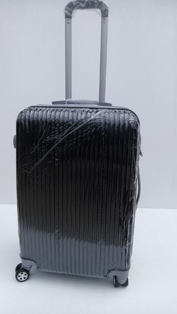 กระเป๋าเดินทาง 20 นิ้ว ลายตรง สีดำ