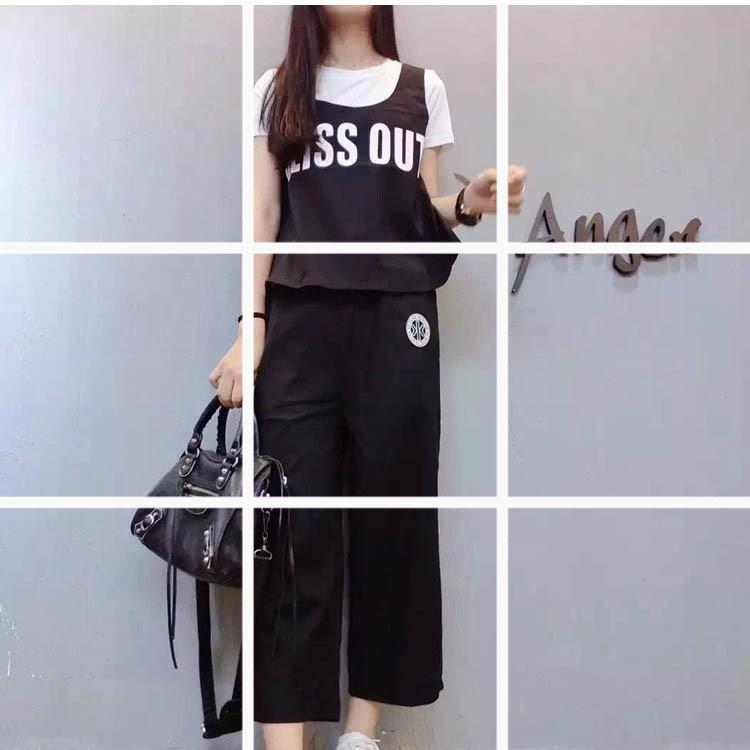 ชุด 2 ชิ้น เสื้อคอกลม แขนสั้น ลายกั๊ก BLISS OUT + กางเกง4ส่วน สีดำ