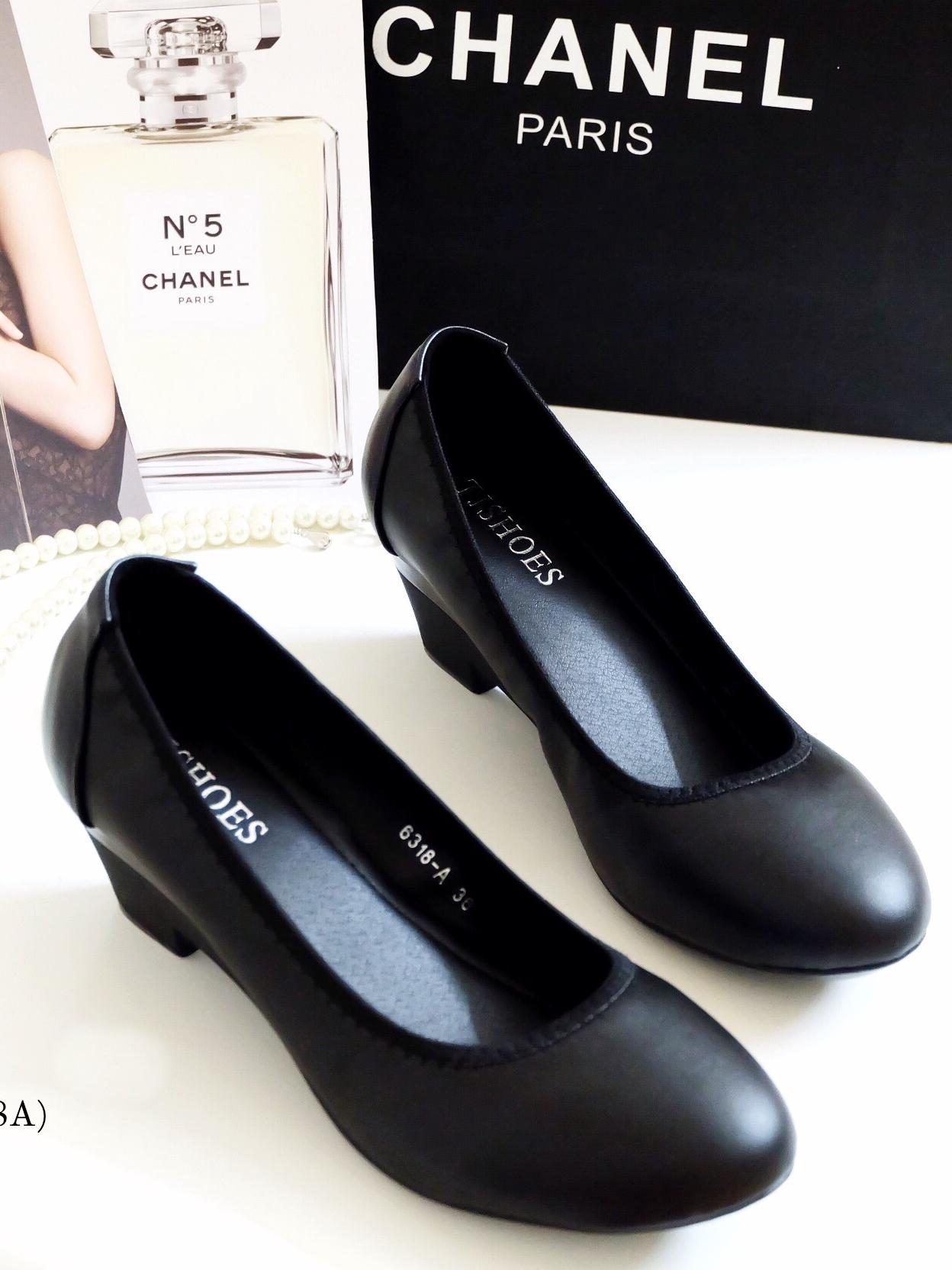 รองเท้าคัทชูผู้หญิง ส้นตัน ทรงสุภาพ (สีดำ)