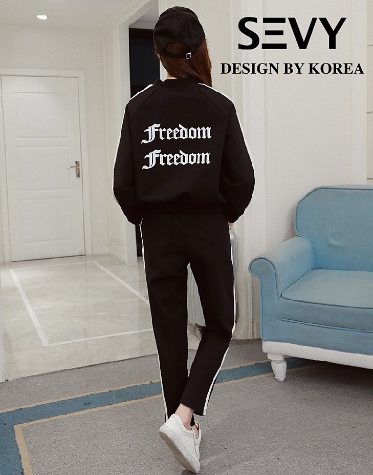 ca74c252d5fd New fashion women's two-piece sweater coat trousers casual sports suit tide.