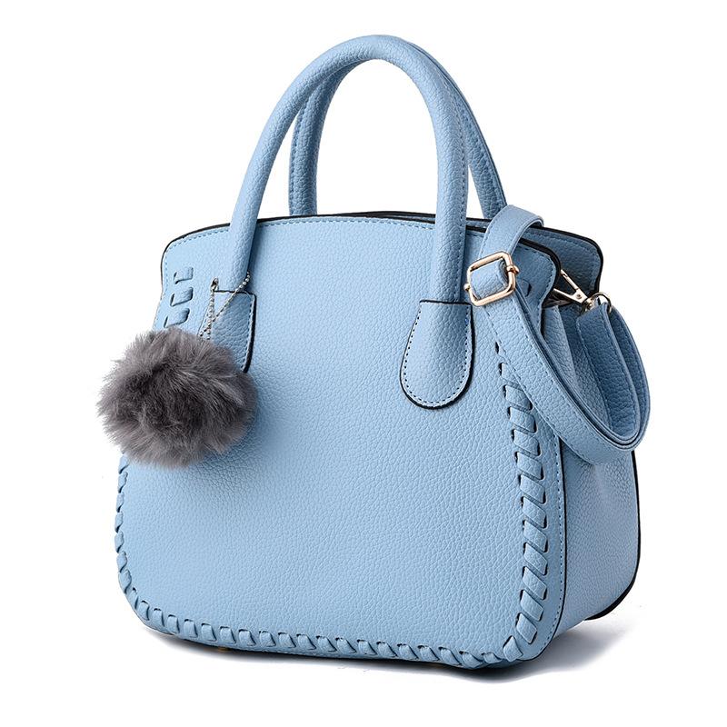 พร้อมส่ง กระเป๋าถือและสะพายข้าง สไตล์ยุโรปอเมริกา แฟชั่นเกาหลี รหัส KO-5024 สีฟ้า *แถมพู่ห้อย
