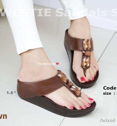 พร้อมส่ง รองเท้าแตะเพื่อสุขภาพสีน้ำตาล SWEETIE Sandals Style แฟชั่นเกาหลี [สีน้ำตาล ]