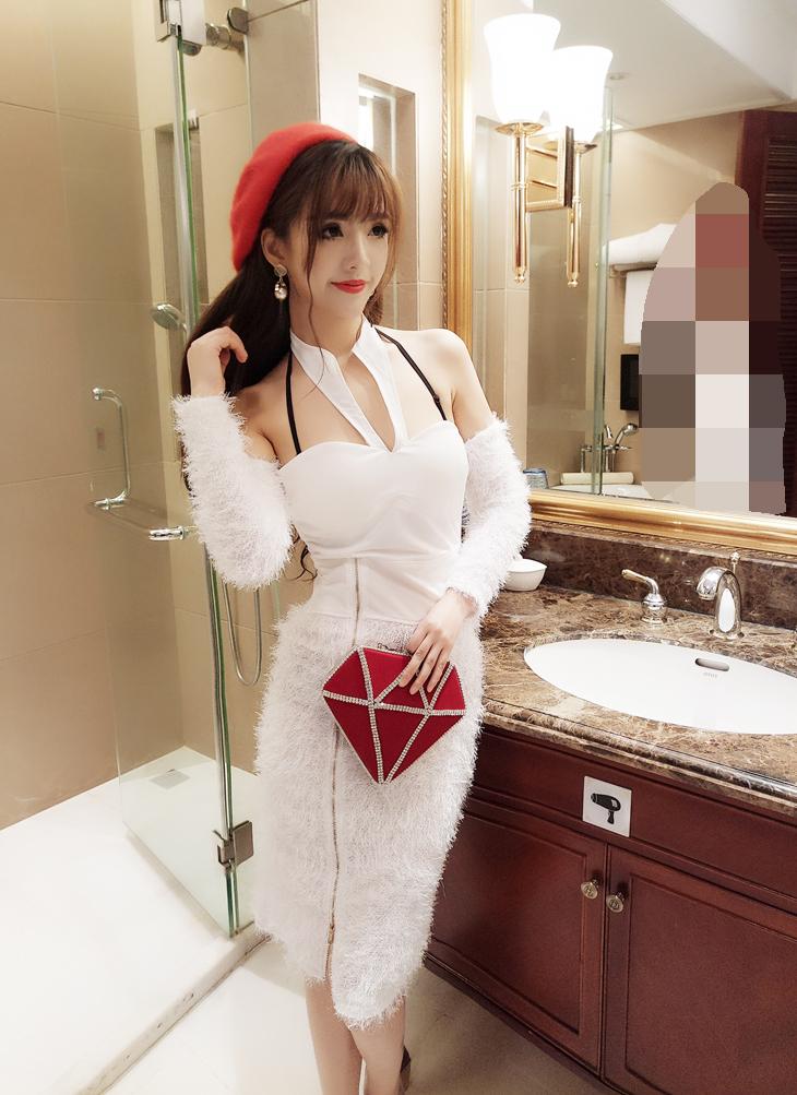 ชุดเดรสแฟชั่นเกาหลีสีขาวแขนยาว