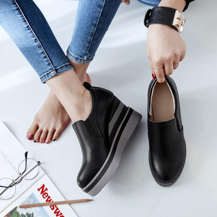 Preorder รองเท้าแฟชั่น สไตล์ เกาหลี 33-42 รหัส 9DA-2252