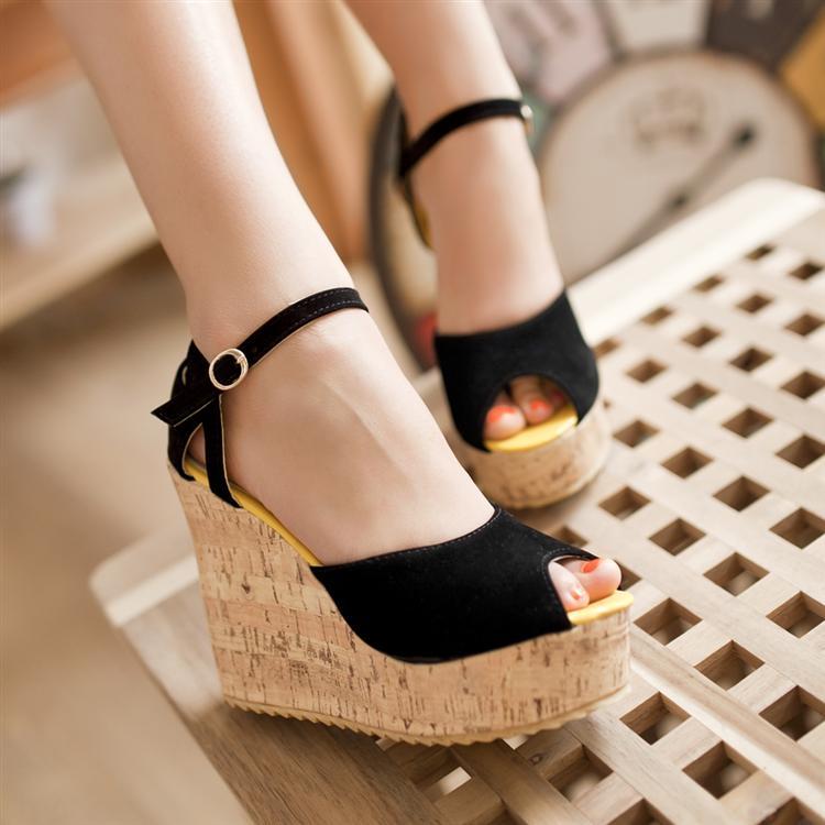 Preorder รองเท้าแฟชั่น สไตล์เกาหลี 31-43 รหัส 9DA-3405