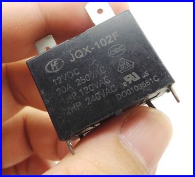 รีเลย์ไฟฟ้า Relay JQX-102F 12VDC 20A 250VAC