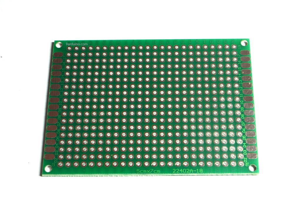 แผ่นปริ๊นอเนกประสงค์ แผ่นปริ้นไข่ปลา Prototype PCB Board 5x7 cm สีเขียว