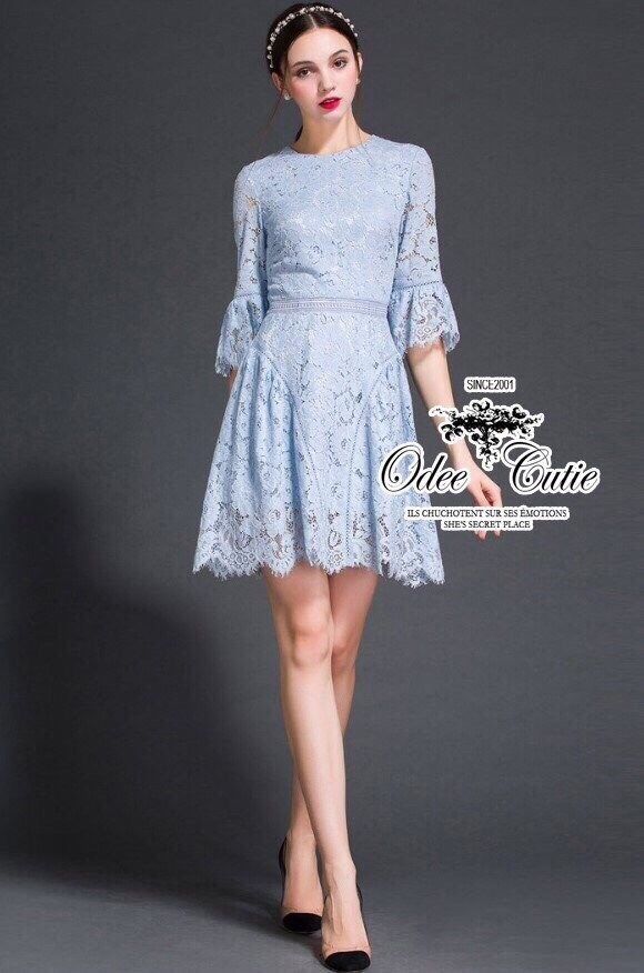 High-end lace trumpet sleeves dress