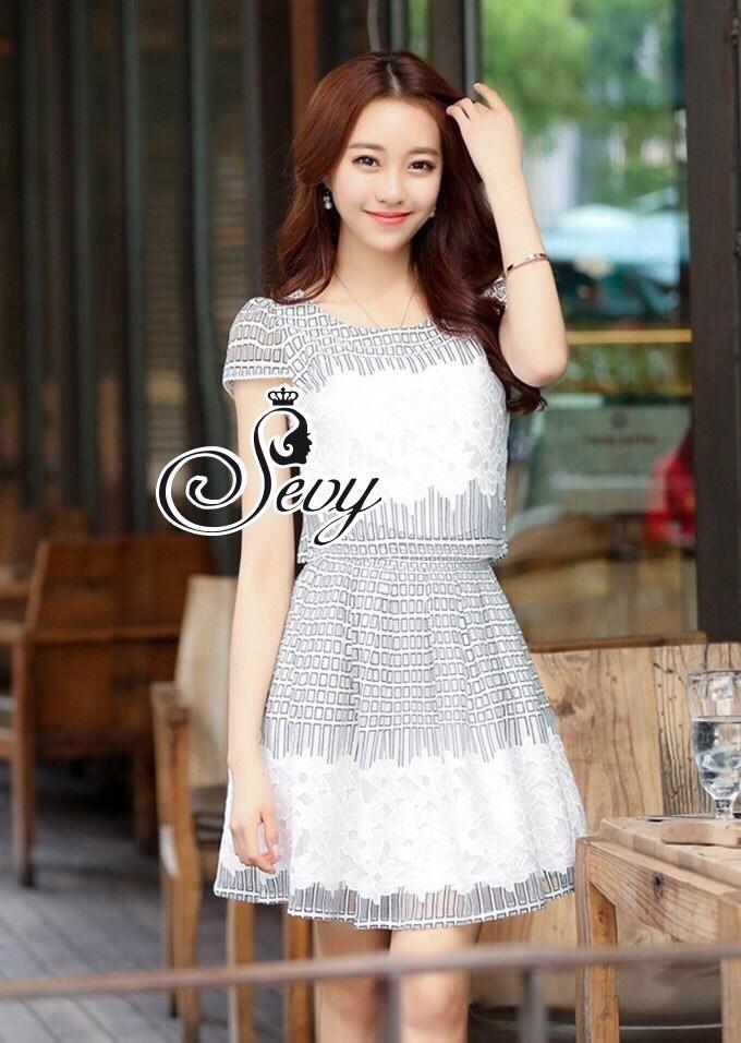 Sweet Flora Tablelacause Mini Dress