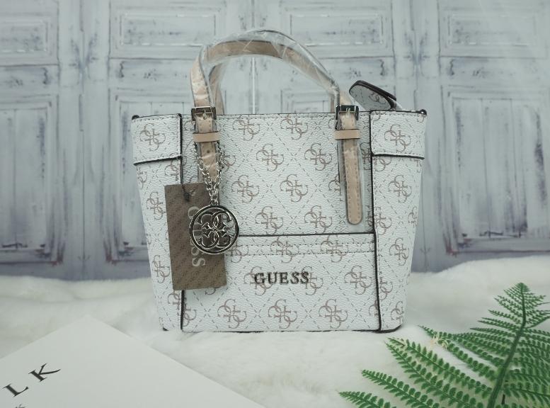 GUESS MINI Handdle/Shouldel BAG-ขาว