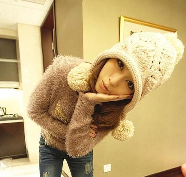 หมวกไหมพรมแฟชั่นเกาหลีพร้อมส่ง ทรงดีไซต์เก๋ หมวกสีครีม ทรงปิดหู มีจุก
