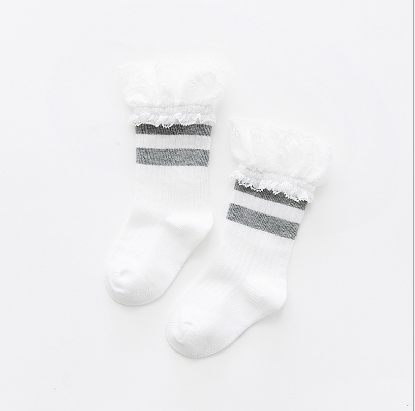ถุงเท้ายาว สีเทา แพ็ค 10 คู่ ไซส์ ประมาณ 1-3 ปี
