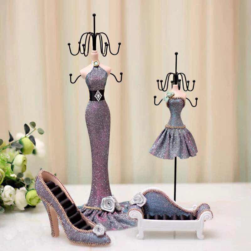 Abocos Dress Jewelry Hanging ตุ๊กตาแขวนเครื่องประดับ ชุดราตรี