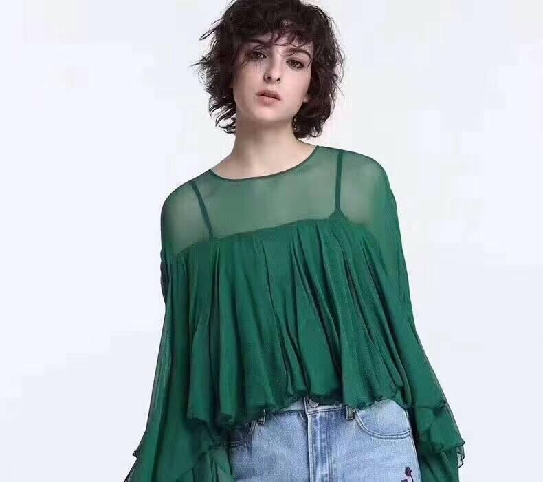เสื้อแขนยาวแฟชั่นสีเขียว