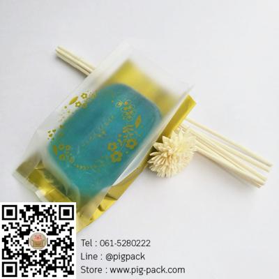 ถุงซองพลาสติกขุ่นขยายข้างพื้นหลังสีทองลายดอกไม้ Handmade 6.5x11+2.5 cm. 100 ชิ้น : X004791