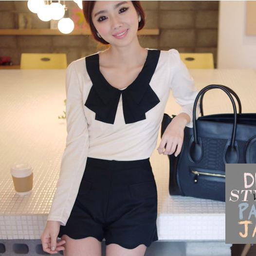 God is girl เสื้อผ้าแฟชั่นเกาหลี แขนยาวผ้ายืดเนื้อดีสีขาว
