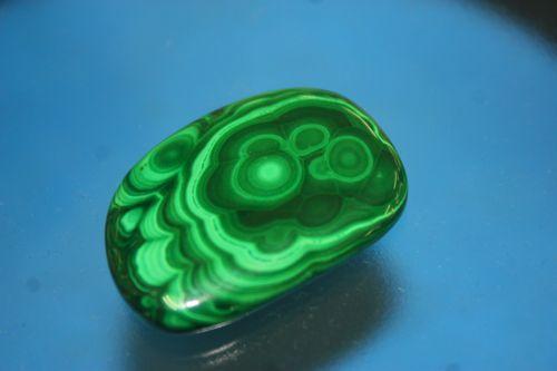 หินมาลาไคต์ ( Malachite )