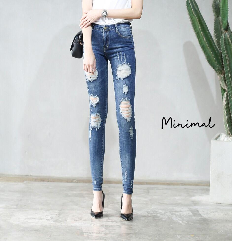 กางเกงยีนส์ขายาวแต่งขาดขาเดฟ เอวสูง ใส่แล้วเก็บทรง แมตซ์ใส่กับอะไรก็สวย ขาเรียวยาว สวยมากค่ะ