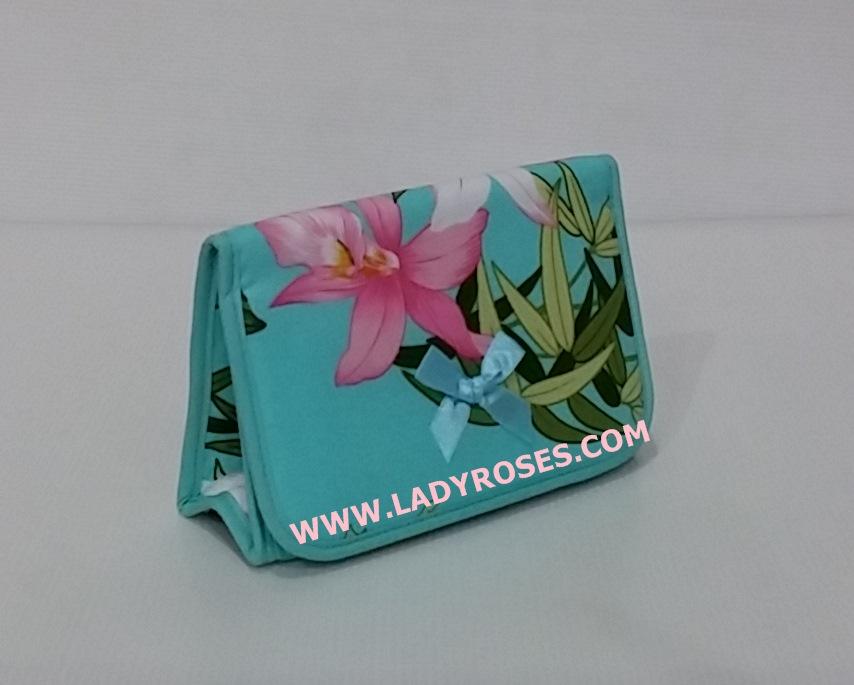 กระเป๋าเครื่องสำอางค์ นารายา Summer ผ้าคอตตอน สีเขียว ลายดอกไม้ มีกระจกในตัว Size L (กระเป๋านารายา กระเป๋าผ้า NaRaYa)