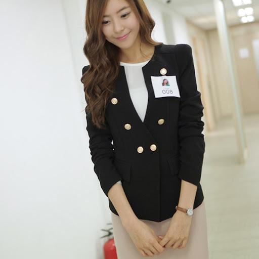 cherry dress**พร้อมส่ง* เสื้อผ้าแฟชั่นเกาหลีcherry dress ผ้า Polyesterสีดำ เสริมฟองน้ำที่ไหล่แต่งกระเป๋าเสื้อมีซับใน