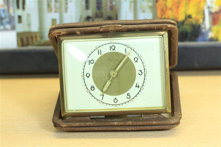 W_0147 นาฬิกาปลูกตลับ Kienzle