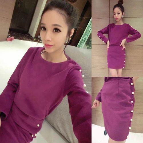 ++สินค้าพร้อมส่งค่ะ++ ชุดเซ็ทเกาหลี เสื้อคอกลม แขนยาว ผ้า Woolen เนื้อหนาค่ะ แต่งลูกปัดมุกช่วงแขน+กระโปรงสั้นน่ารัก – สี Red Wine