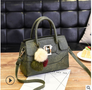 พร้อมส่ง กระเป๋าถือสตรีและสะพายข้าง แฟชั่นเกาหลี รหัส KO-1703 สีเขียว 1 ใบ*แถมป๋อม 3 สี