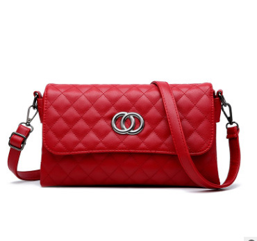 Pre-order กระเป๋าสะพายข้างแต่ง OO แฟชั่นสไตล์ Chanel เย็บลายตารางรหัส KO-539 สีแดง