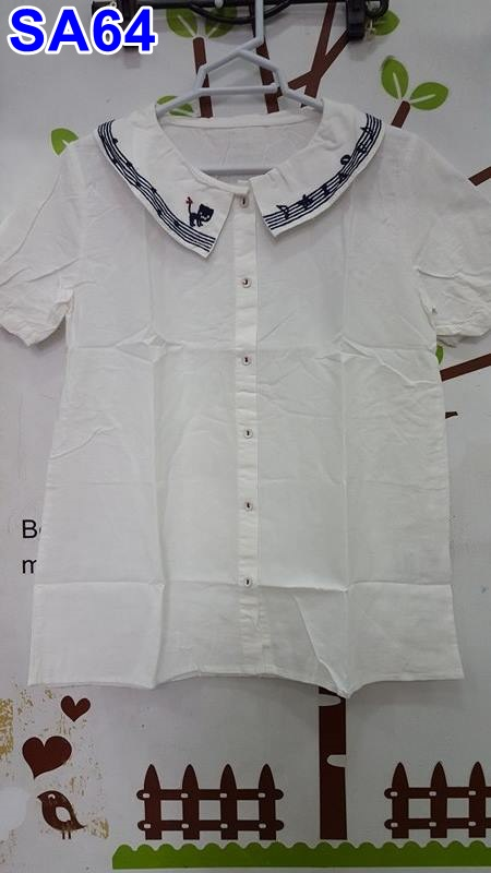 #เสื้อคลุมท้องแฟชั่น ผ้าฝ้ายสีขาวคอบัวแขนสั้นกระดุมหน้า ปักลายแมวที่ปกเสื้อ+คาดลายสีน้ำเงิน ทรงสวยจร้าใส่สบาย